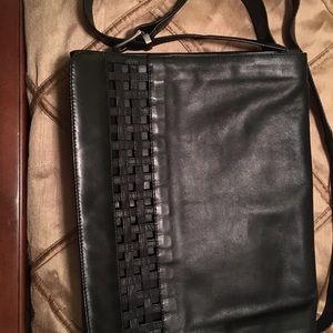 Ladies Black Leather Kenneth Cole shoulder bag.