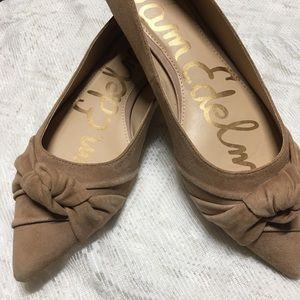 Sam Edelman pointed toe suede knot flats shoes