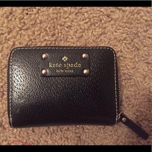 💙 Kate Spade zipper wallet