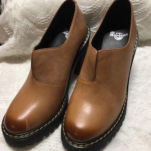 NEW Dr. Martens air wair Cordelia shoes