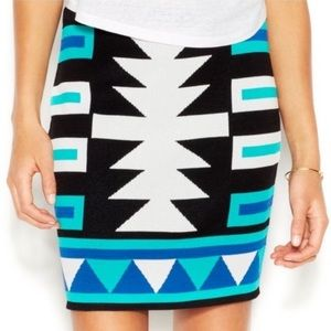 Rachael Roy Tribal skirt size Small