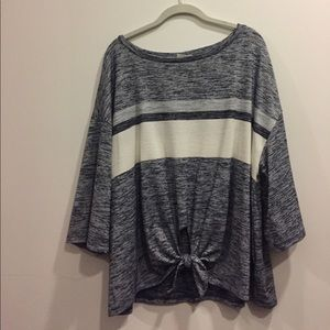 Gap wide sleeve front-tie knit top