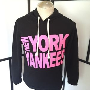 Women's New York Yankees Hoodie Sweatshirt Medium