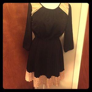 Vintage style Black and Cream Pleated Dress Medium