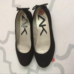 Anne Klein • Black Ballet Flats • Size 7 • EUC