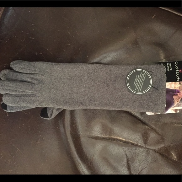 6d7978d9e CuddlDuds Accessories | Cuddl Duds Gloves | Poshmark