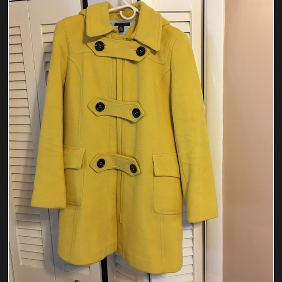 professional design luxury aesthetic perfect quality Beautiful mustard yellow peacoat with a hood!