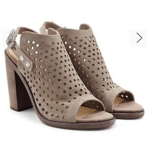 RAG & BONE 🔥 Perforated Suede Sandals