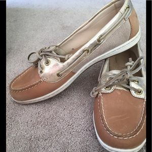 Sperry Tan and gold shoes EUC
