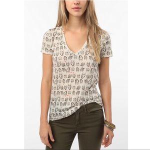 BDG Boyfriend VNeck Owl Print Tee Shirt