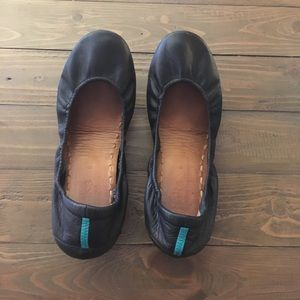 Tieks, Size  8.  Matte black