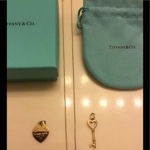 Authentic Tiffany & Co. 18k yellow gold necklace