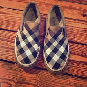 Authentic Burberry slip on shoes size 10 ( EUR 41)
