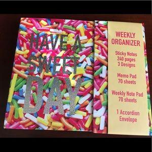 🆕 Sprinkles Weekly Organizer w/ free scented pens
