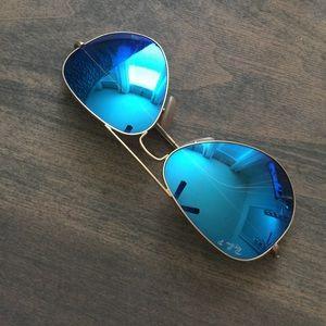 Blue Mirror Polarized Ray Ban Sunglasses
