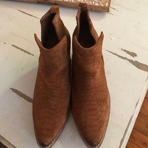 Hunt The Plains Boots
