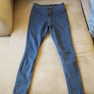 H&M Jeans - High waisted Body Con Jeans