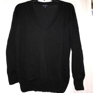 Gap Black sweater