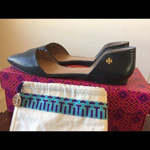 3ea582f0b7d Tory Burch Shoes - Tory Burch Viv flat Micro Tejus Print size-8.5