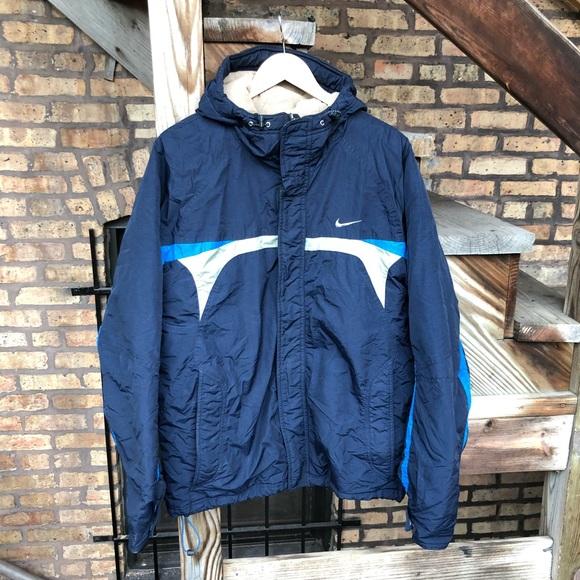 4cfeed53b692 Vintage Nike Heavy Duty Hooded Jacket. M 59ecbbc199086af910083fda