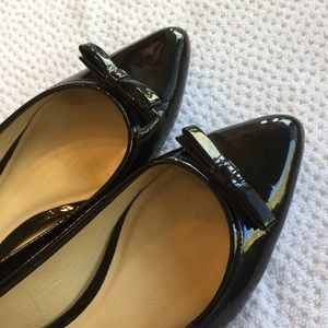 Kate Spade patent leather pointed toe bow flats
