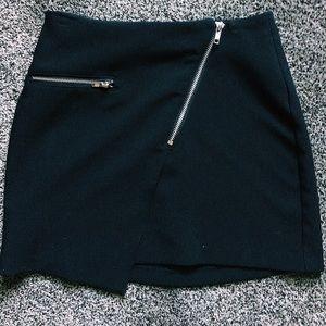 Zipper envelope skirt