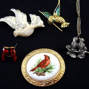 Other - Vintage jewelry lot-bird pin necklace bundle
