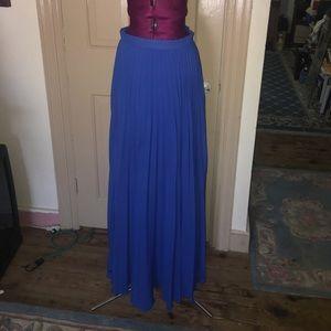 💖 Bebe pleated maxi skirt