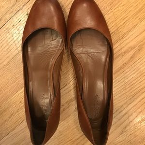 Cole Haan Nike Air camel small wedge size 8