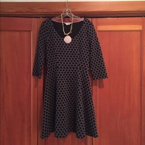Classy polka dotted dress!