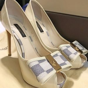463e6419b2359 Louis Vuitton Shoes - Louis Vuitton Damier Azur Heels Like New