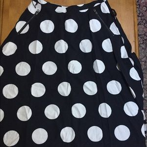 Beautiful Anthropologie black and white skirt