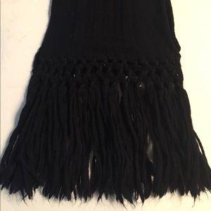 OAKS Signature wool scarf