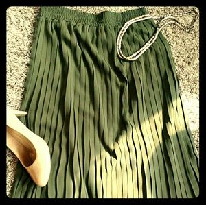 Pleated olive green skirt