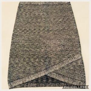 Bebe Metallic Silver Black Bandage Fit Skirt Sz XS