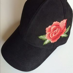 David and Young cap NWT embroidered flower
