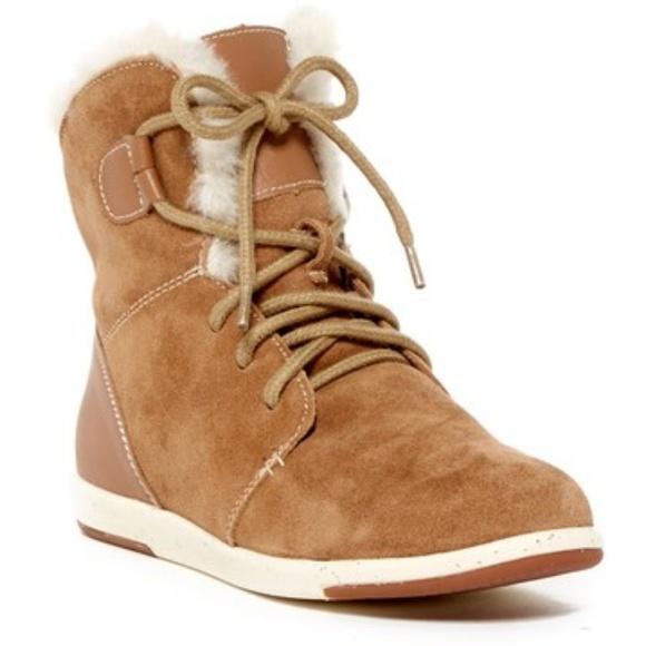 b1e029649cc Emu Australia Shoes | New Winton Sheep Fur Lace Up Boot 8 | Poshmark