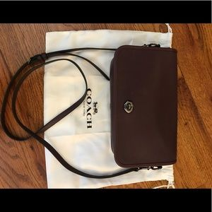 COACH Turnlock Crossbody in Oxblood