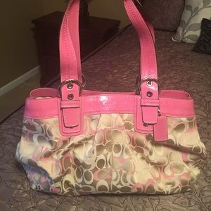 Coach hobo pink purse