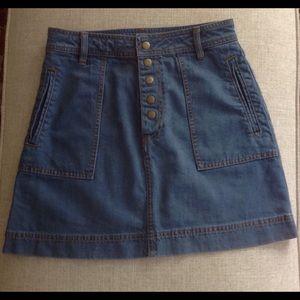 Free People denim skirt - size 27 🍂❤️