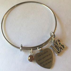 New stainless steel sister charm bracelet