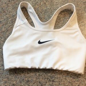 Nike dry fit sports bra extra small