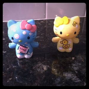 Collectable hello kitty figurines