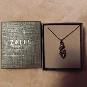 Zales necklace brand new in box w/o tags