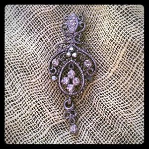Rhinestone metal brooch pin