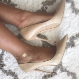 ✨✨JUST LISTED! Jimmy Choo Nude Anouk✨✨