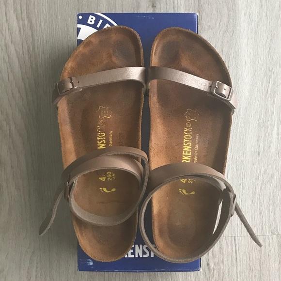b46dbb03101596 Birkenstock Shoes - Birkenstock Daloa - Hazel
