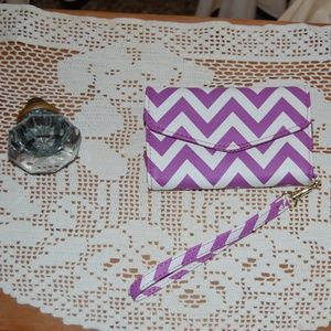 Handbags - Tri-fold wallet/phone case NWOT