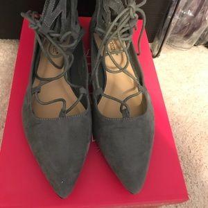 Lace up flat shoe