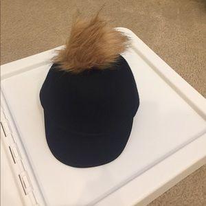 Euginia kim pom pom hat